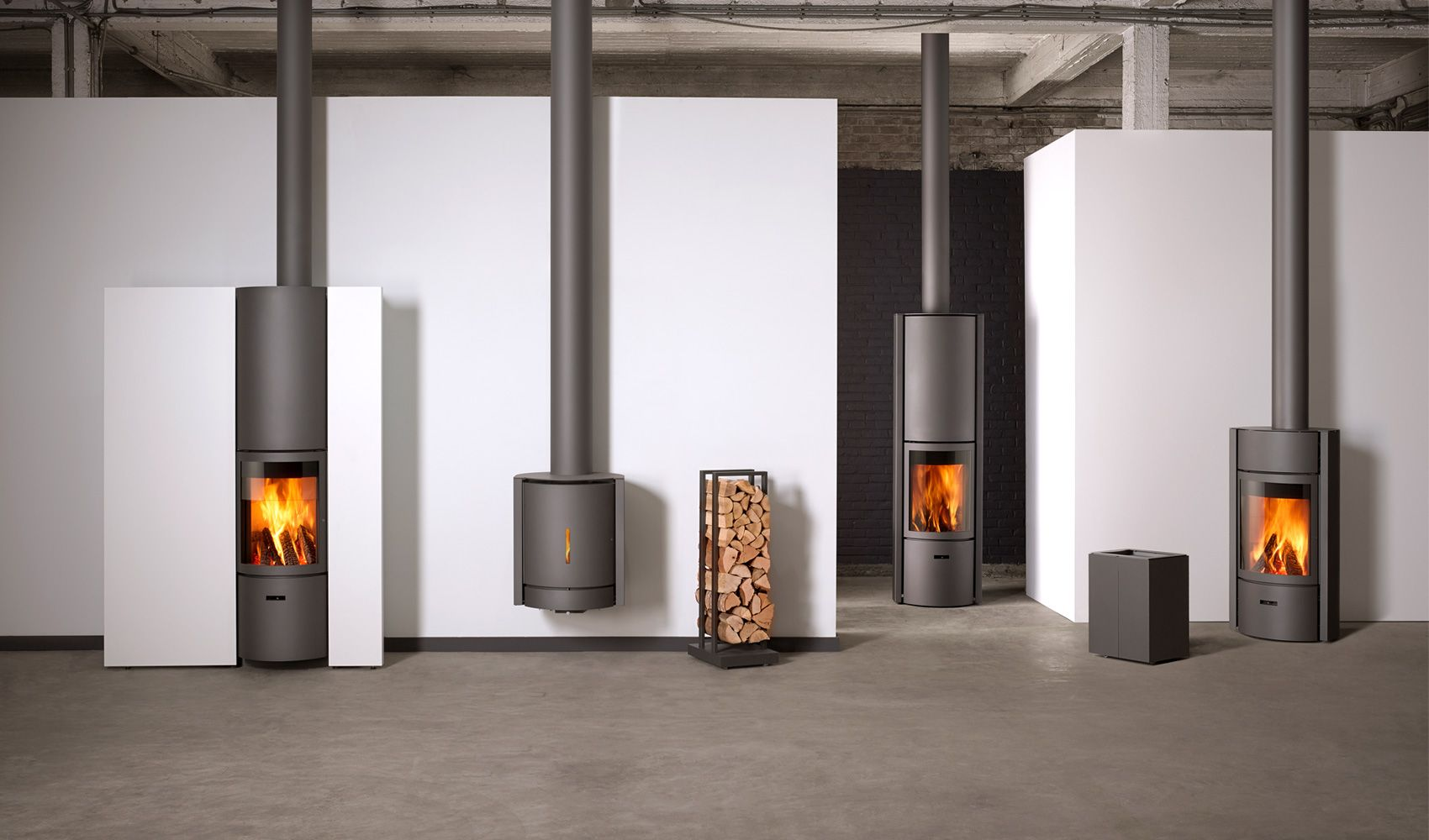 Wood stoves, fitted stoves or ready-to-fit fireplaces