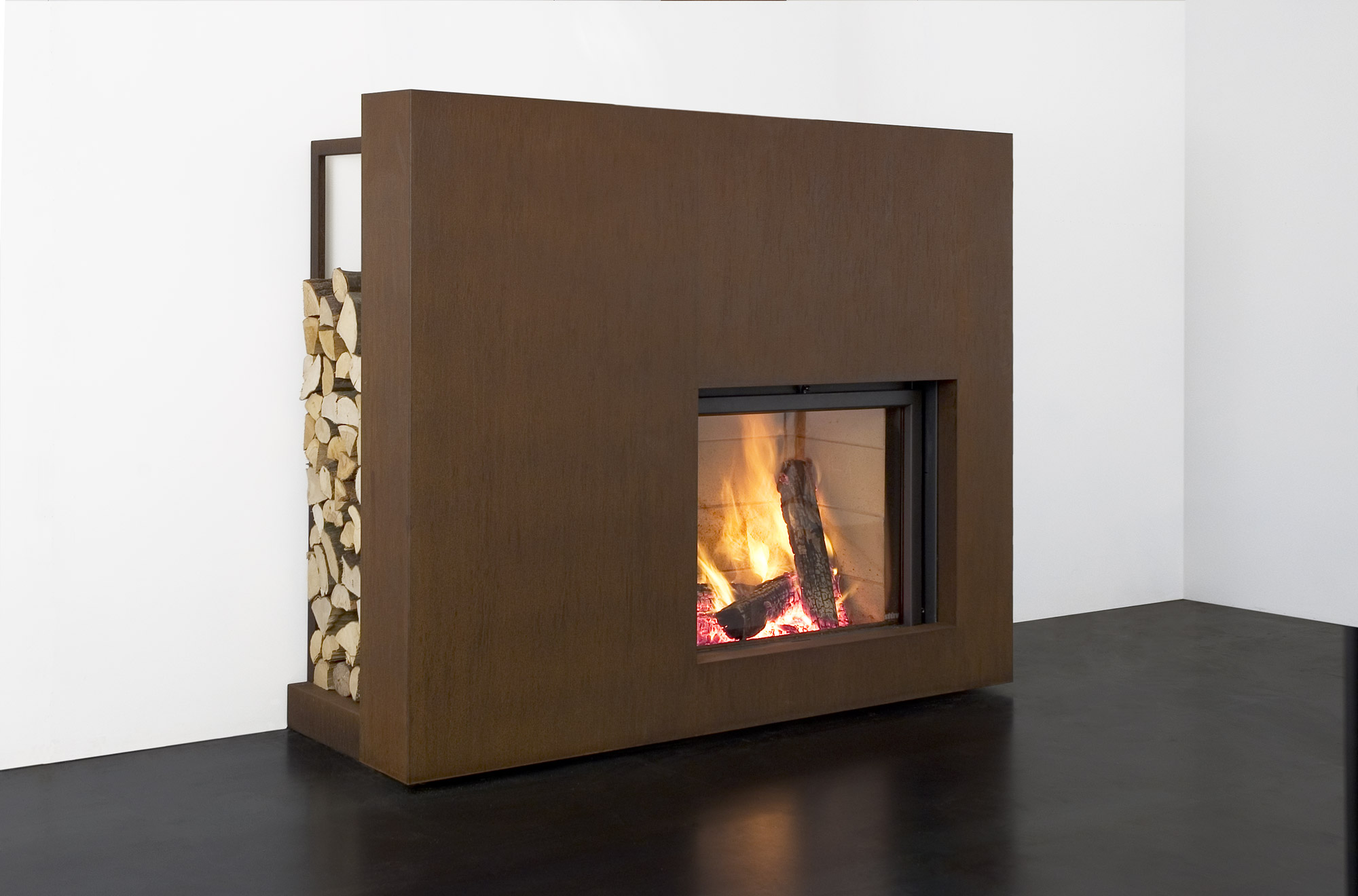 Stûv 21/85 with ready-to-fit fireplace